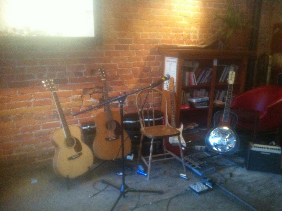 Sound check au Café Babylone, Printemps des Poètes 2013