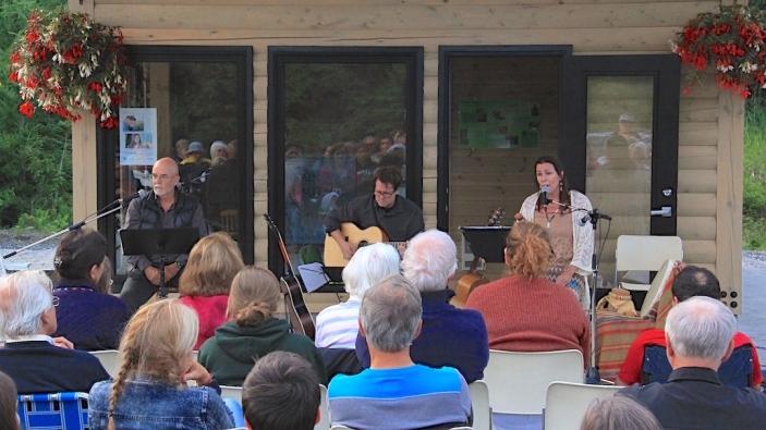 Jean Désy, Frédéric Dufour, Andrée Lévesque Sioui, Wendakebec au Grand Lac-St-François, 3 juillet 2015